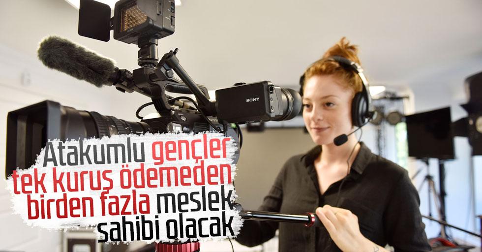 Başkan Cemil Deveci: Atakumlu gençler tek kuruş ödemeden birden fazla meslek sahibi olacak