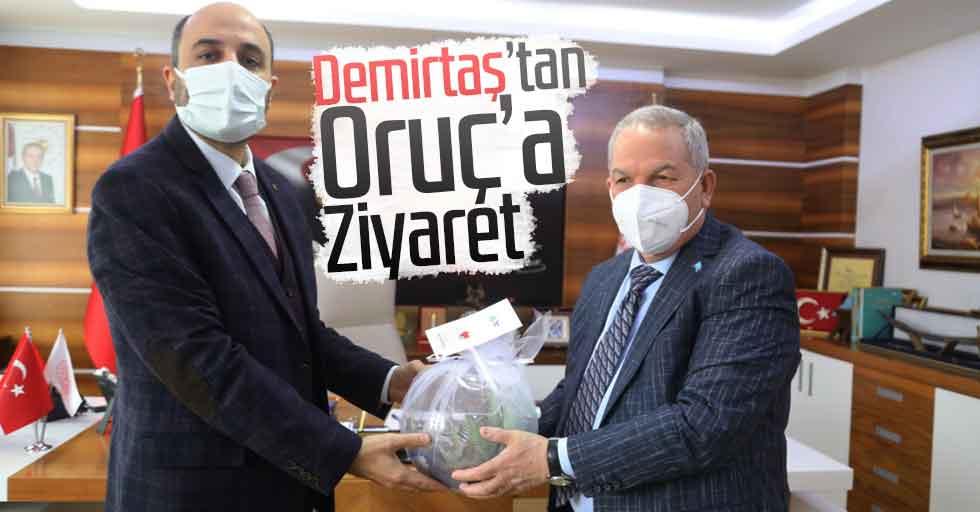 Başkan Demirtaş İl Sağlık Müdürü Oruç'u Makamında Ziyaret Etti