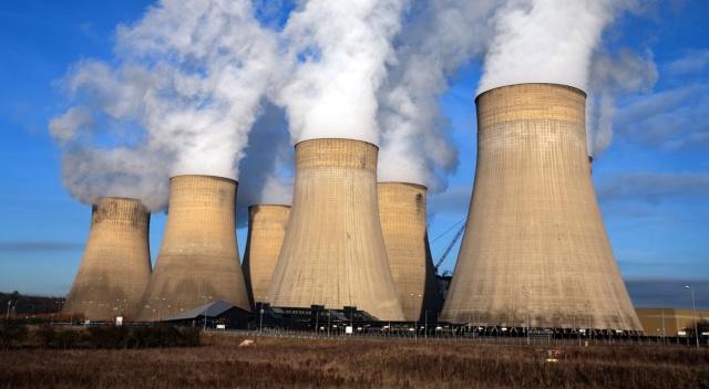 İran ve Rusya nükleer santral kuracak