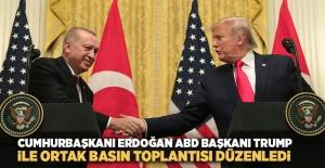 Cumhurbaşkanı Recep Tayyip Erdoğan, ABD Başkanı Donald Trump ile baş başa görüşme ve heyetler arası çalışma yemeğinin ardından Beyaz Saray'da ortak basın toplantısı düzenledi.